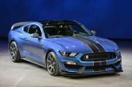 01-2016-shelby-gt350r-detroit-1