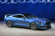 05-2016-shelby-gt350r-detroit-1